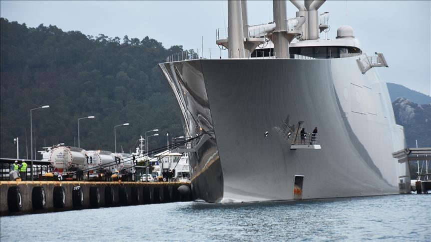 Яхта российского миллиардера вошла в турецкий порт