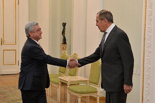 Lavrov Sərkisyanla görüşdü - Foto
