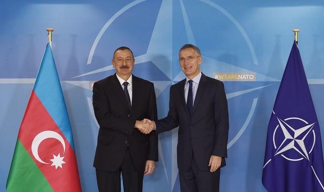 Ильхам Алиев встретился с Генсеком НАТО - Фото
