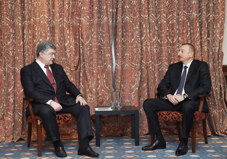 Ильхам Алиев встретился с Порошенко в Брюсселе - Фото