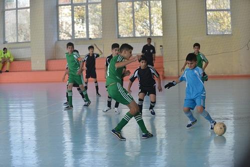 Bakcell проводит турнир по мини-футболу