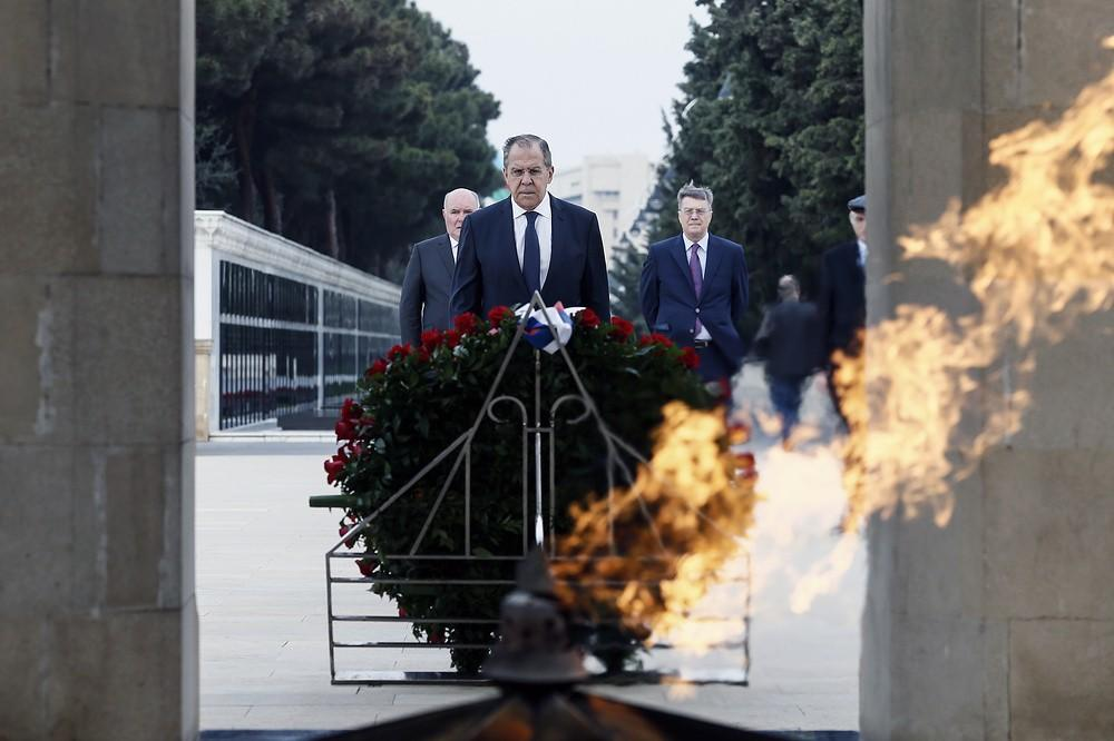 Sergey Lavrovun Bakıdakı bu şəkli... - Foto