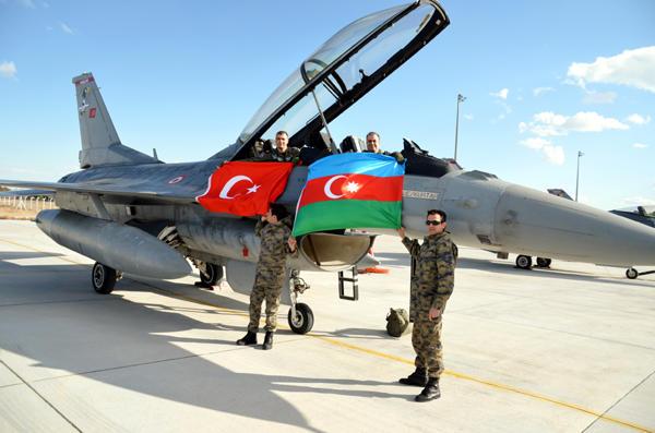 ВВС Азербайджана и Т урции провели переговоры