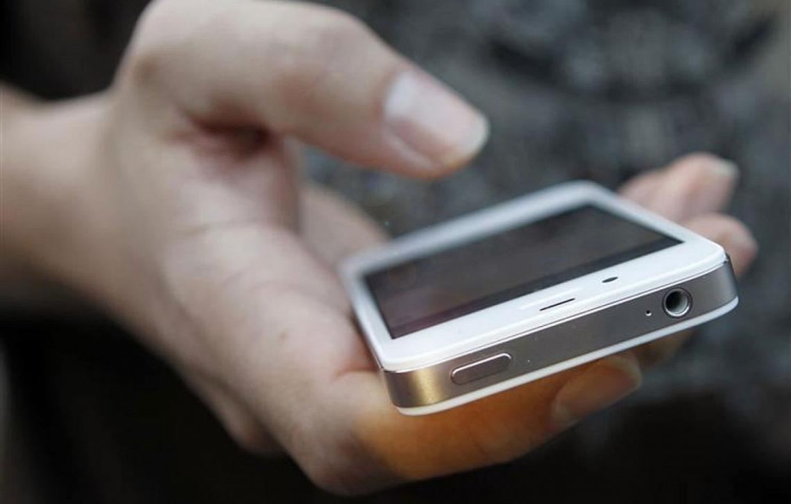 Mobil operatorların gəlirləri yarım milyarda çatdı