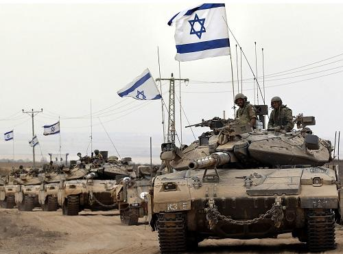 Israel sends troops to Gaza border