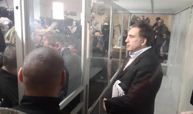Hakim Saakaşvili ilə bağlı qərarını elan edir -
