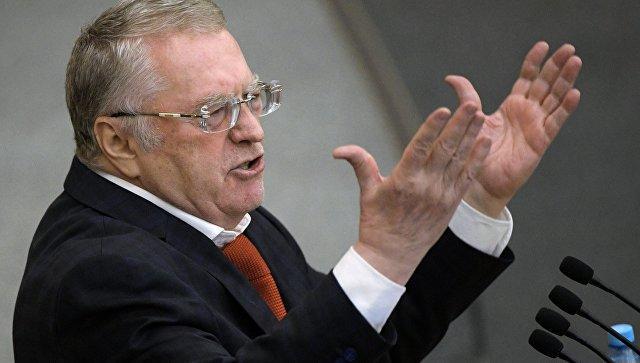 """Жириновский предложил ввести звание """"Честный чиновник"""""""