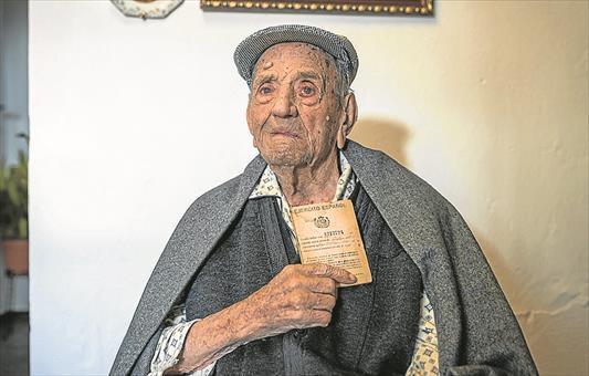 دونیانین ان یاشلی آدامینین ۱۱۳ یاشی اولدو