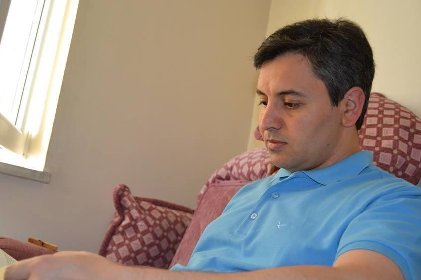 آذربایجان دیلینده بدیعی اوسلوب یاراتماق چتیندیر - شاعر