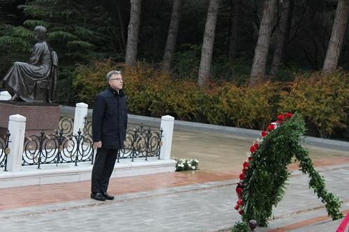 Hüseyn Bağırov 5 işçiyə mükafat verdi - Foto
