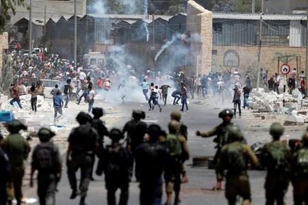 В пятницу погибли двое, ранены 263 палестинцев
