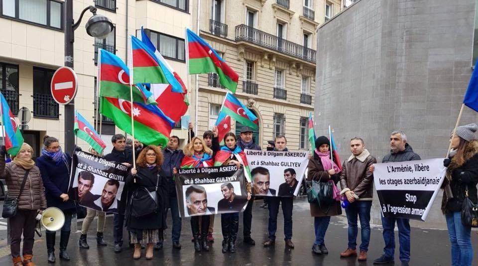 Parisdə Ermənistan səfirliyi qarşısında aksiya
