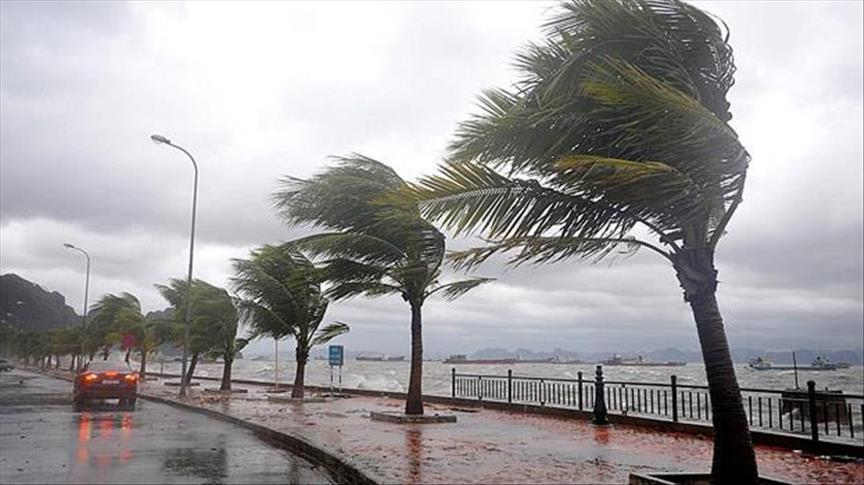 Deadly storm batters Spain, then shifts to France