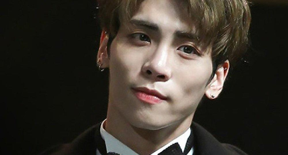 SHINee's lead singer Kim Jonghyun committed suicide