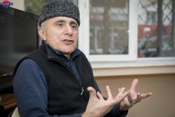 Onun əlindən qaçıb gizlənmişəm – Alim Qasımov