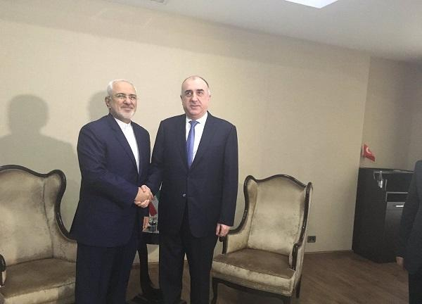 Azerbaijani and Iranian top diplomats held a phone call