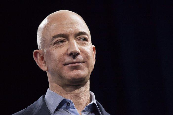 Jeff Bezos sets date for space sightseeing flight