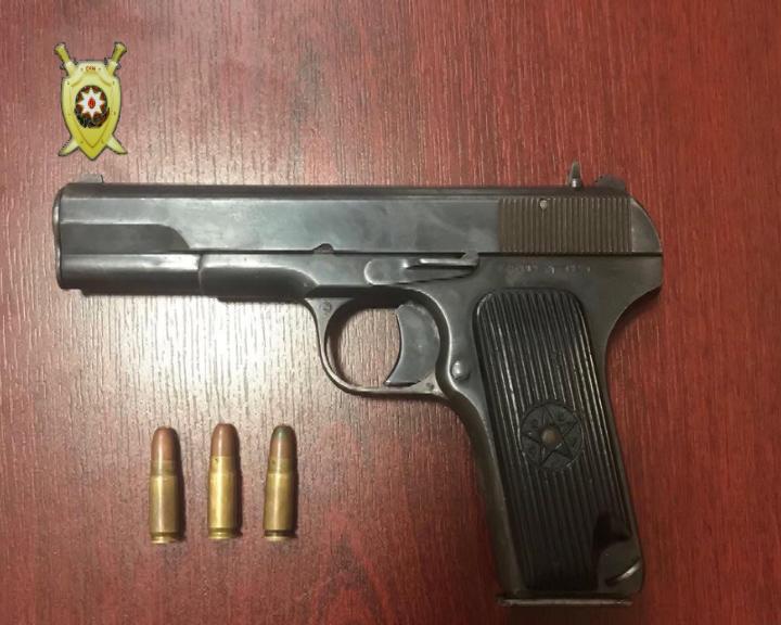 Bərdə rayon sakinindən silah-sursat götürüldü