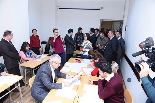 Jurnalistlər ADU-da imtahanın gedişini izlədi - Foto