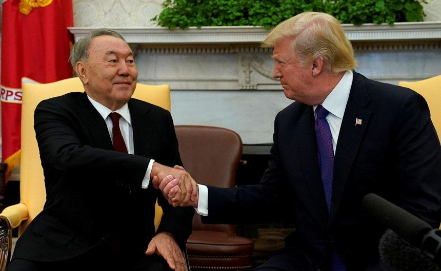 Nazarbayev Trampla Putin arasında vasitəçilik edir?