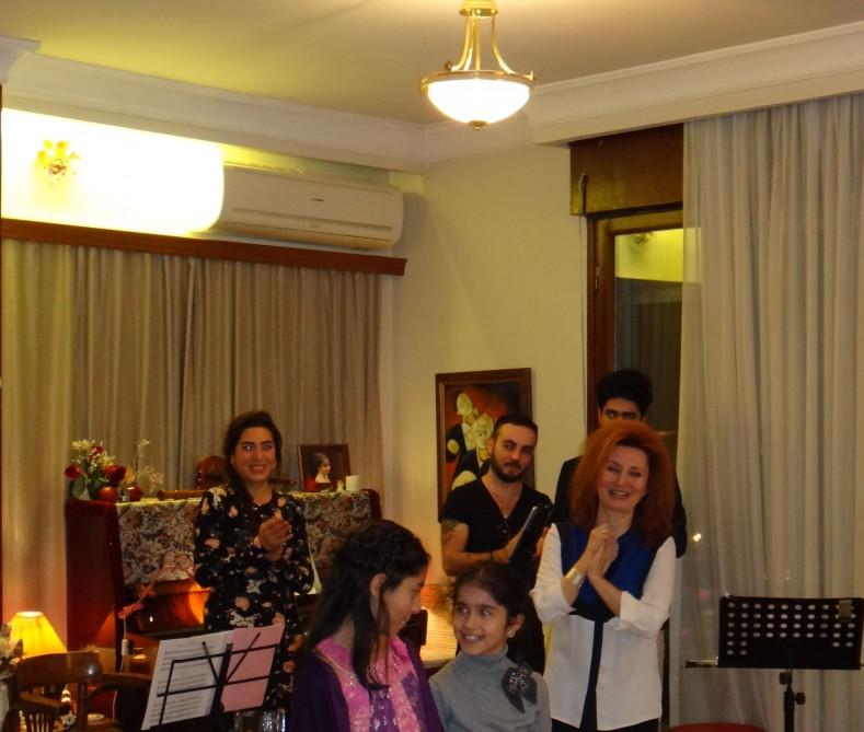 Məşhur türk sənətçi Bakıda konsert verdi - Foto