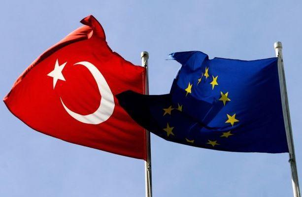 Евросоюз и Турция снова взяли курс на сближение