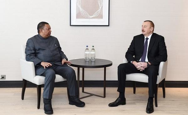 Ильхам Алиев проводит встречи в Давосе - Обновлено