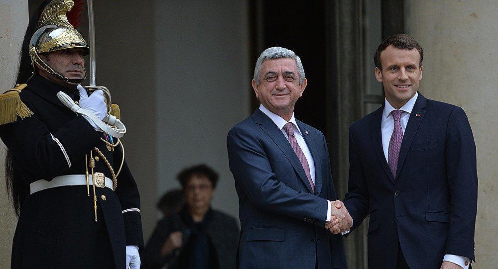 Саргсян и Макрон обсудили карабахский конфликт
