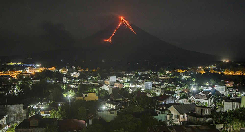 Извержение вулкана в Новой Зеландии, есть погибшие