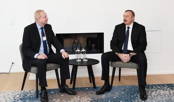 İlham Əliyev BP-nin icraçı direktoru ilə görüşdü