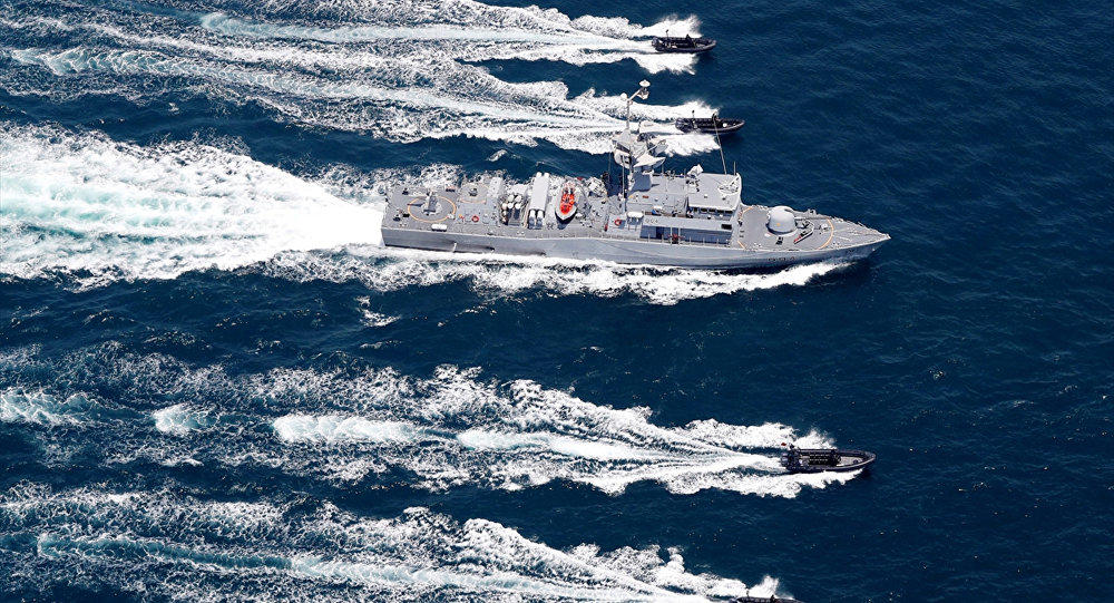 Turkish navy drove the Israeli ship