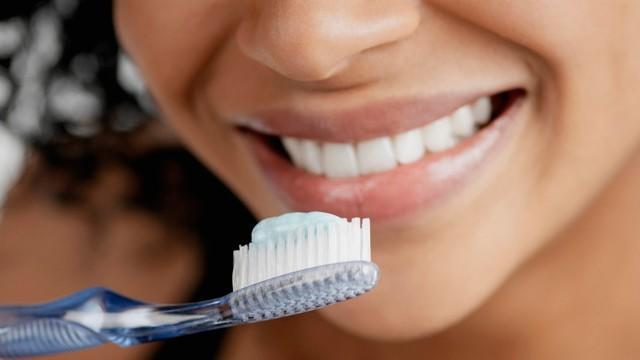 Dişləri möhkəmləndirməyin yolları