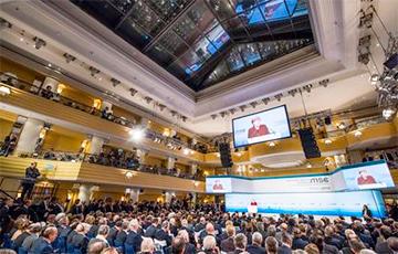 Итоги Мюнхена: тень Сирии и сигналы олигархам
