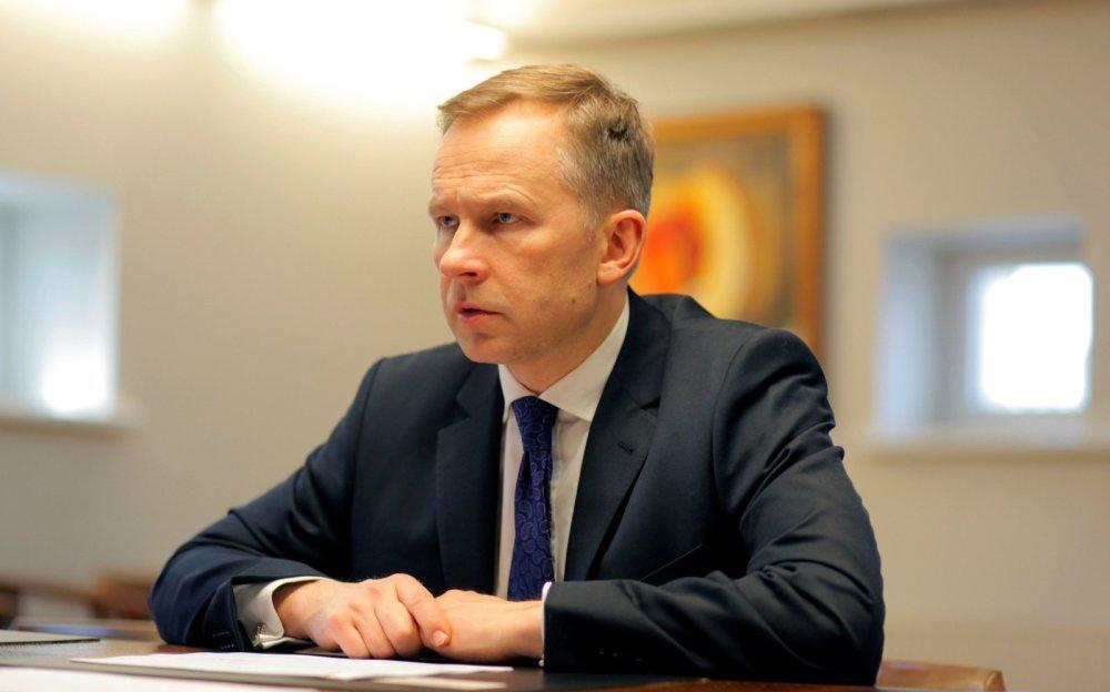 لاتوییا مرکزی بانکینین پرزیدنتی حبس ائدیلدی