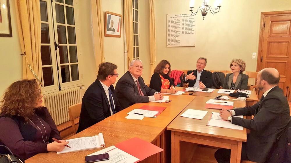 ADA-nın Parisdən kənar iclası: Yeni sədr seçildi
