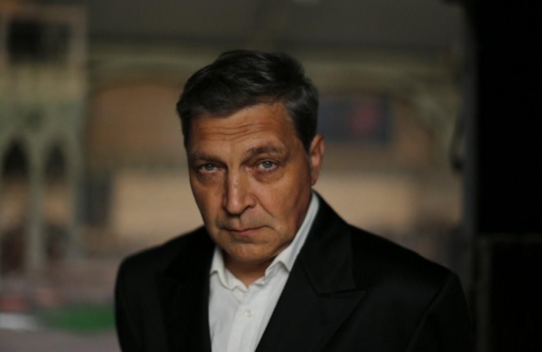 """Ermənilərin """"çirkin"""" feyk dostu: Onun şikəst karyerası - Foto"""