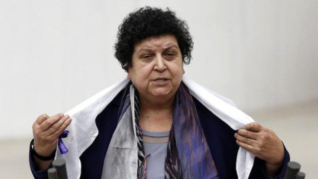 """CHP deputatı PKK-çıya """"şəhid"""" dedi, ölkə qarışdı"""