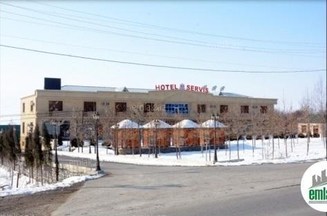 Şəkinin məşhur oteli satılır - Foto