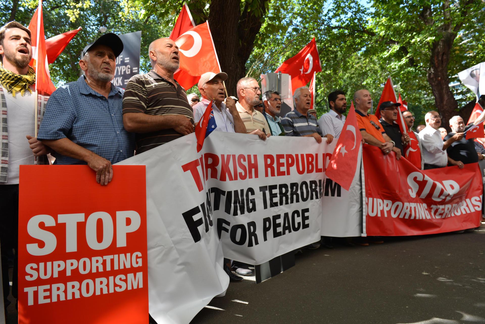 В Австралии прошел новый митинг в поддержку Турции