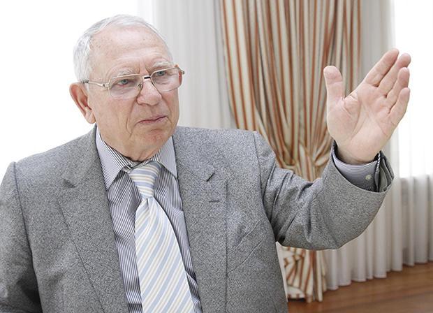 روس کشفیاتی کیلسهلری اله کئچیریر - اوکراینا