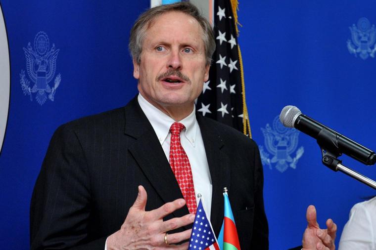 США в поисках решения Карабахского конфликта - посол