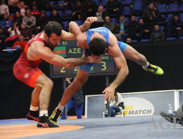 Азербайджанские борцы взяли 11 медалей в Киеве
