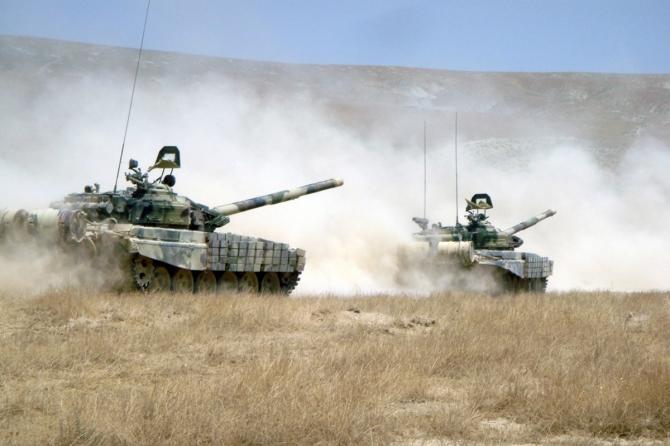 Ликбез для армянского генерала: Так кто кого уничтожит?
