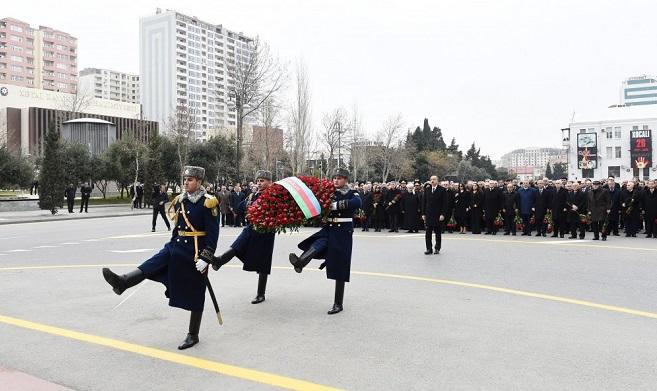 The President visited the Khojaly monument