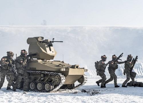 Rusiyanın hərbi karvanına hücum oldu