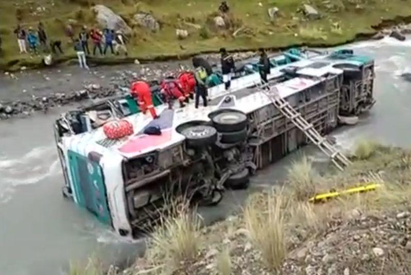 6 dead, 37 injured as bus plunges off cliff in Peru