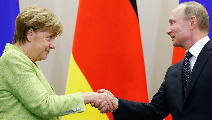 Меркель поздравила Путина