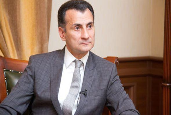 """Mir Şahin AzTV-nin """"Ağ-Qara""""sını 4 dəqiqəyə dağıtdı - Video"""