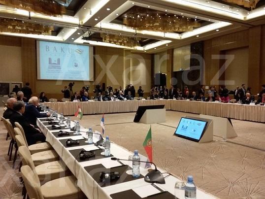 20 ölkənin parlamentariləri Bakıda - Foto