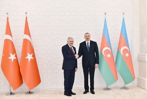 Ильхам Алиев встретился с Йылдырымом - Фото